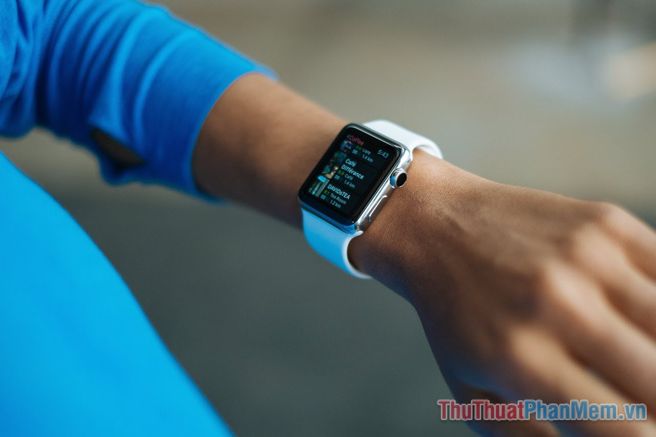 Apple Watch - chờ đợi phiên bản mới