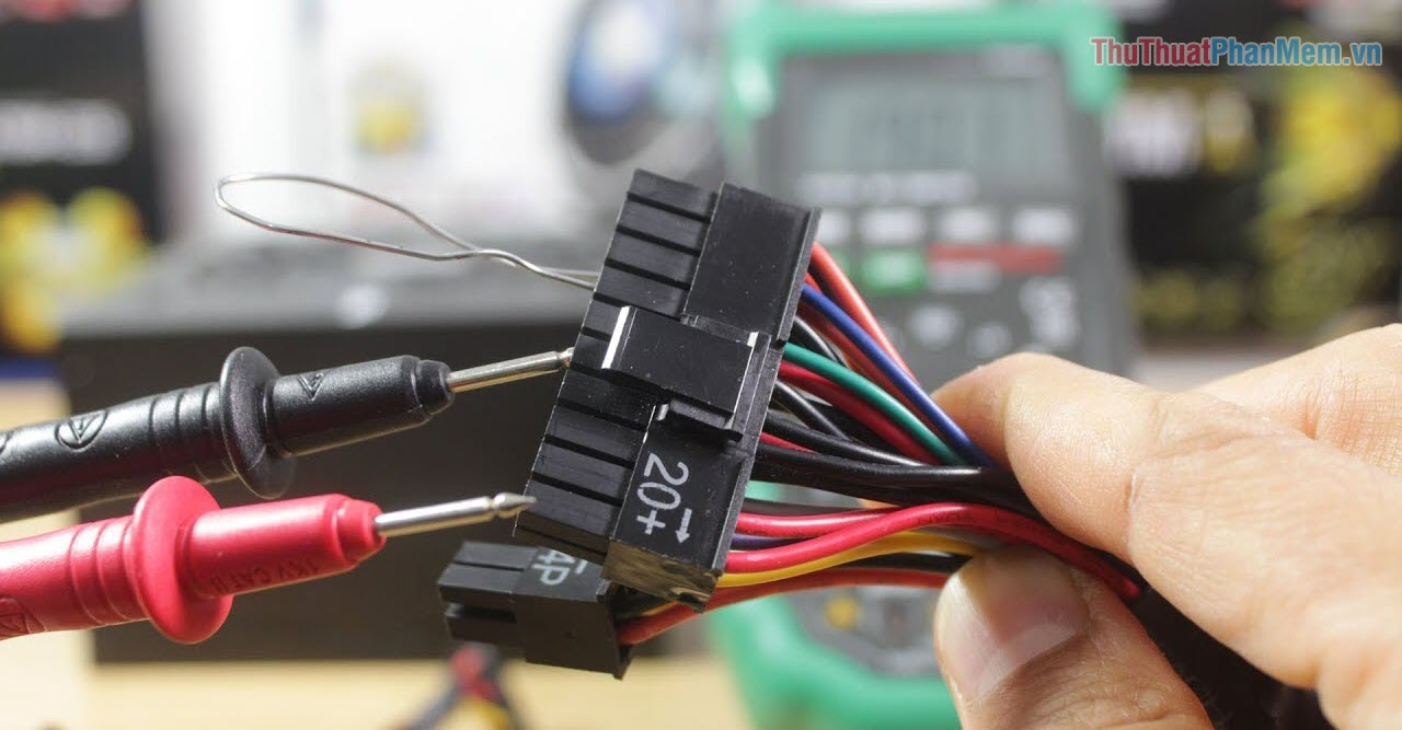 Sửa lỗi điện áp không ổn định khiến máy tính bị tắt đột ngột