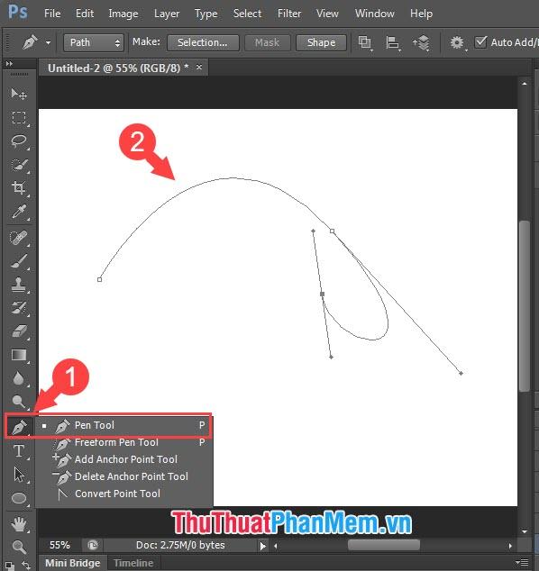 Bạn click vào Pen tool và tạo các đường cong bằng pen tool