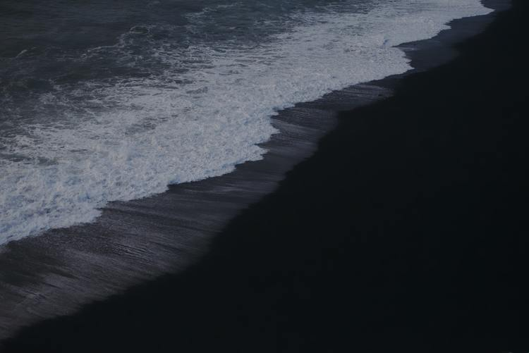 Background biển đen cực đẹp