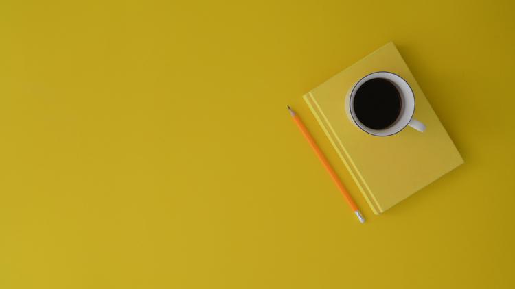 Background cà phê đen vàng