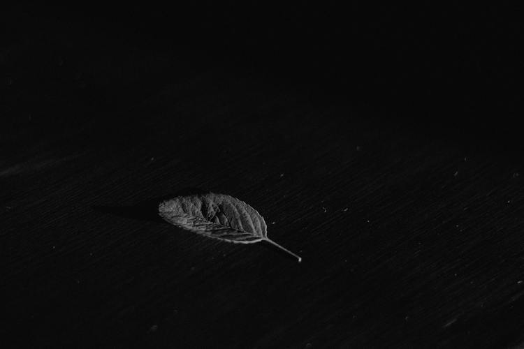 Background đen siêu buồn