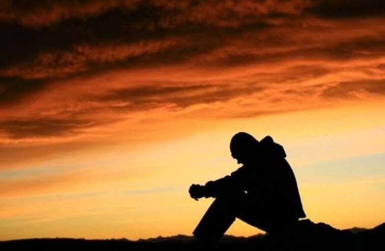 Hình ảnh đau khổ cô đơn