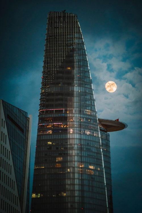 Hình ảnh mặt trăng buổi tối