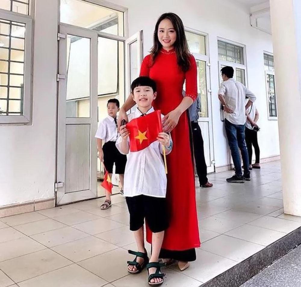 Hình ảnh cô giáo chủ nhiệm