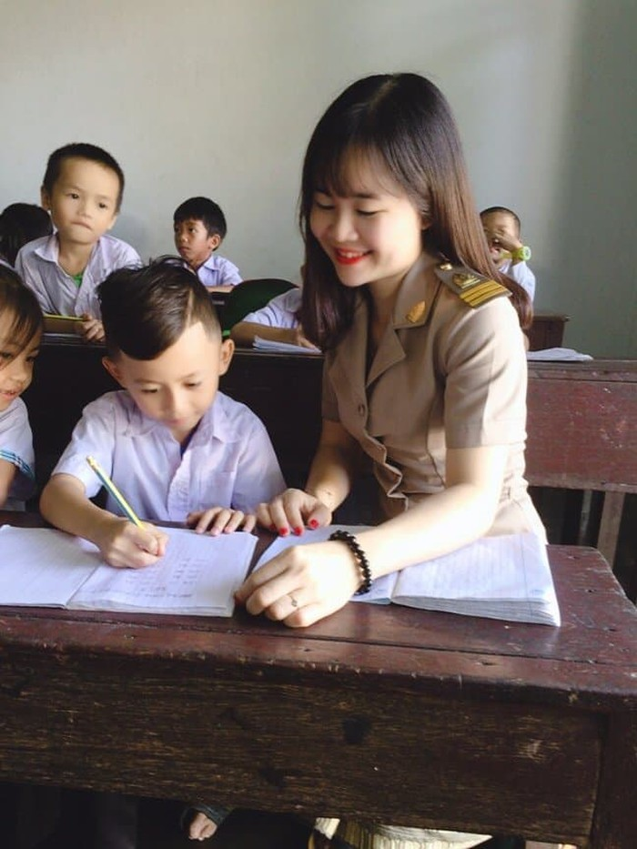 Hình ảnh về cô giáo