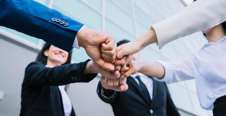 Hình ảnh về làm việc theo nhóm