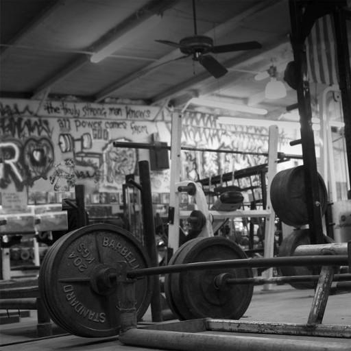 Background gym với tạ