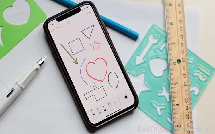 Cách vẽ hình tròn, hình tam giác, hình vuông trong Ghi chú trên iPhone và iPad