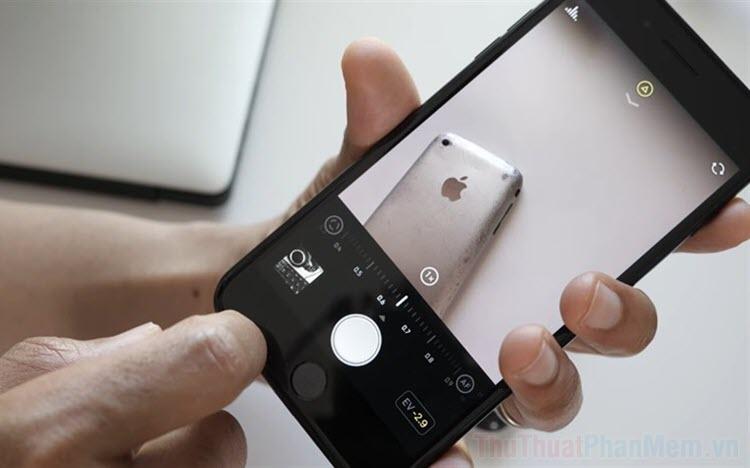 Cách bù trừ sáng EV (Exposure Compensation) trên Camera iPhone