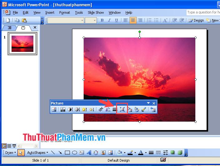 Click vào biểu tượng Compress picture để nén ảnh