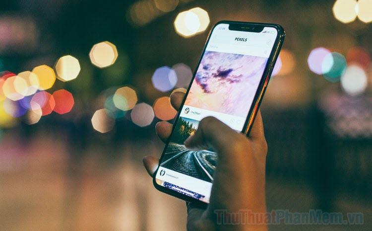 Cách thêm chú thích vào ảnh và video trên iOS