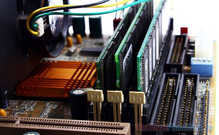Cách khắc phục Windows 10 dùng nhiều RAM