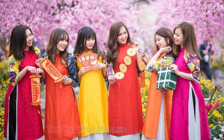 Những mẫu áo dài Tết đẹp