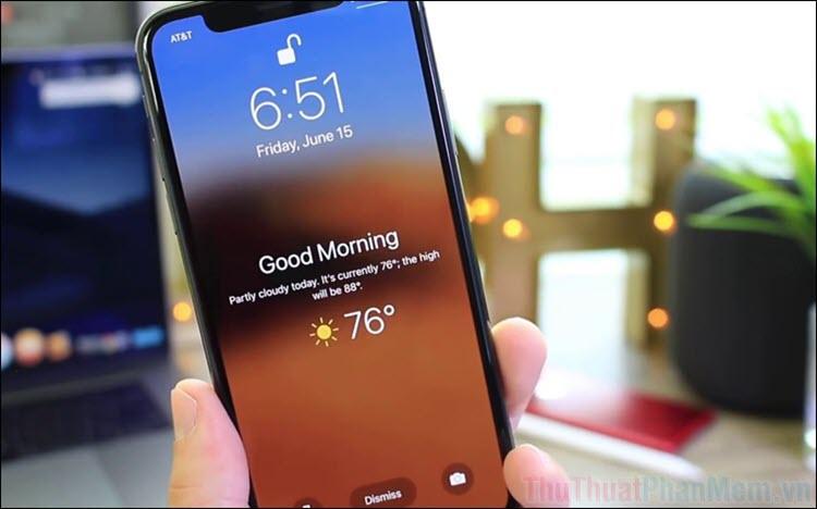 Cách bật dự báo thời tiết mỗi khi trời sáng trên iPhone