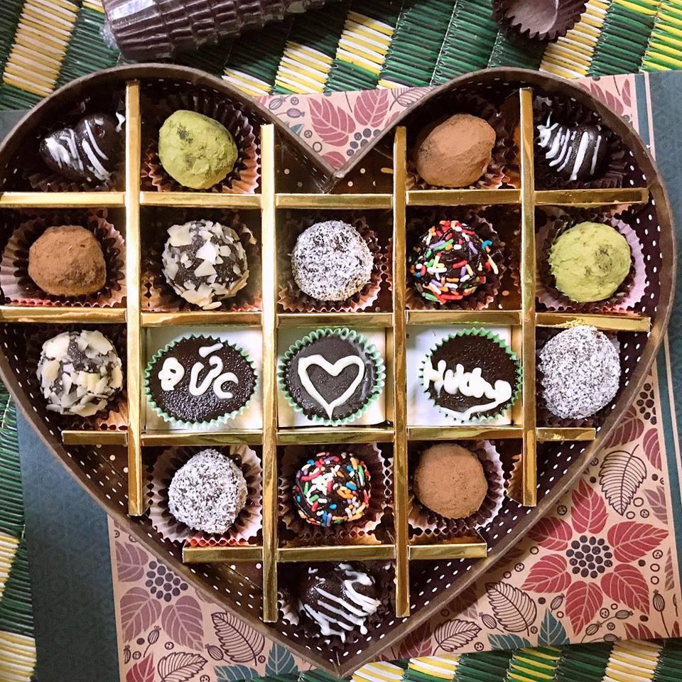 Ảnh hộp Socola Valentine lãng mạn đẹp nhất